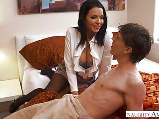 Veronica Avluv - Mom Fucks son s Pulse Friend
