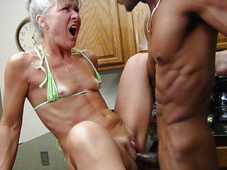 Camel Toe Cookhouse - Milf Gets Facial