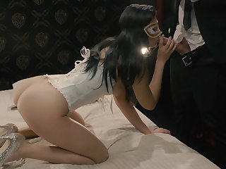 Voluptuous masked brunette showing her mad sex skills