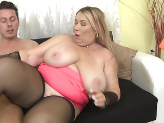 Plump grown up blonde amateur MILF Bartina gets filled with hard cock