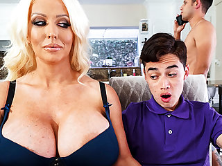 Busty stepmom interested hither taste schoolboy's dick