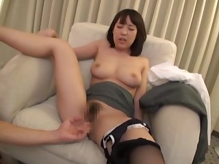 Asian couple having sex weekend handy the hotel bedroom with cum unaffected by prospect