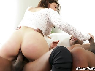 Big plunder unshaded handles two BBCs in irretrievable threesome