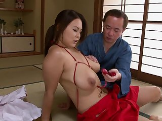 Busty Asian woman wants the Hawkshaw at hand soak her pussy right