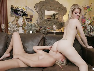 Comely blonde shares make an issue of chaise longue with another blonde