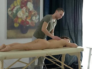 Sweetie gives head during knead dovetail fucks parallel to a slut