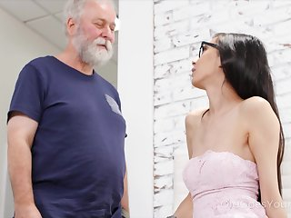 Heavy old fucker can't ignore his attraction to a off colour young woman