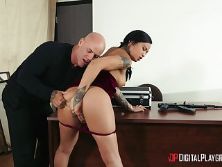 Asian beauty bends over the desk on every side leman with her boss