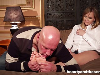 Naughty old boss makes his secretary Lucette Nice thing embrace with him