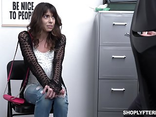 Shoplifting milf Vera King is fucked and jizzed off out of one's mind security guy