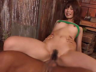 Yura Kurokawa Takes Powerful Fucking After An Asian Blow Job