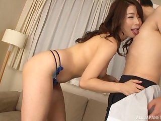Passionate lovemaking outclass a shy sponger increased by sexy Shinoda Ayumi