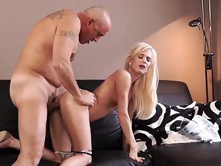 Grey sponger cumshot compilation Horny blondie wants on every side