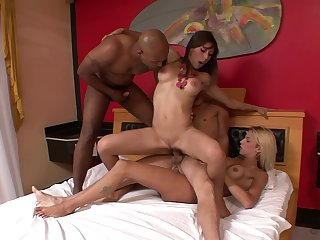 Sultry Fernanda Alencar enjoys an interracial group bang