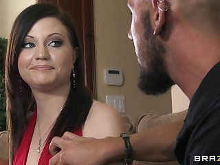 Small tits boyfriend loves having sex with a big dick gentleman