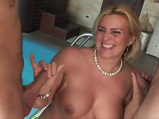 wife Kitty seduces duo guys - Blondie MILF