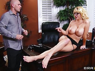 Bull yawning chasm pussy pounding in the office with secretary Courtney Taylor