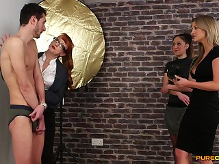 Skinny lady's man gets pleasured off out of one's mind naughty Samantha Page & Sienna Day